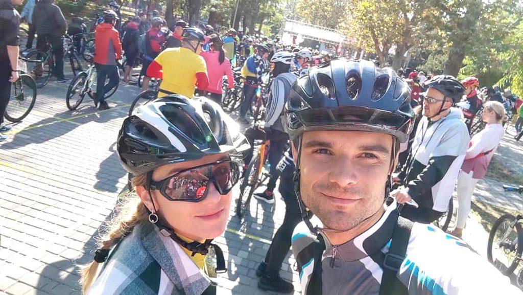 100 км на велосипедах Лохвицьке подружжя подолало під Одесою